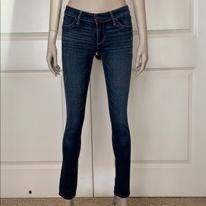 Abercrombie & Fitch Skinny Distressed Jegging